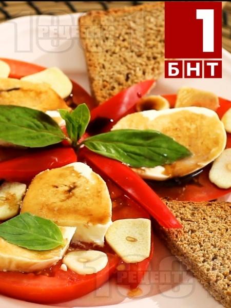 Хапка свежест - Салата с домати и чесън - снимка на рецептата